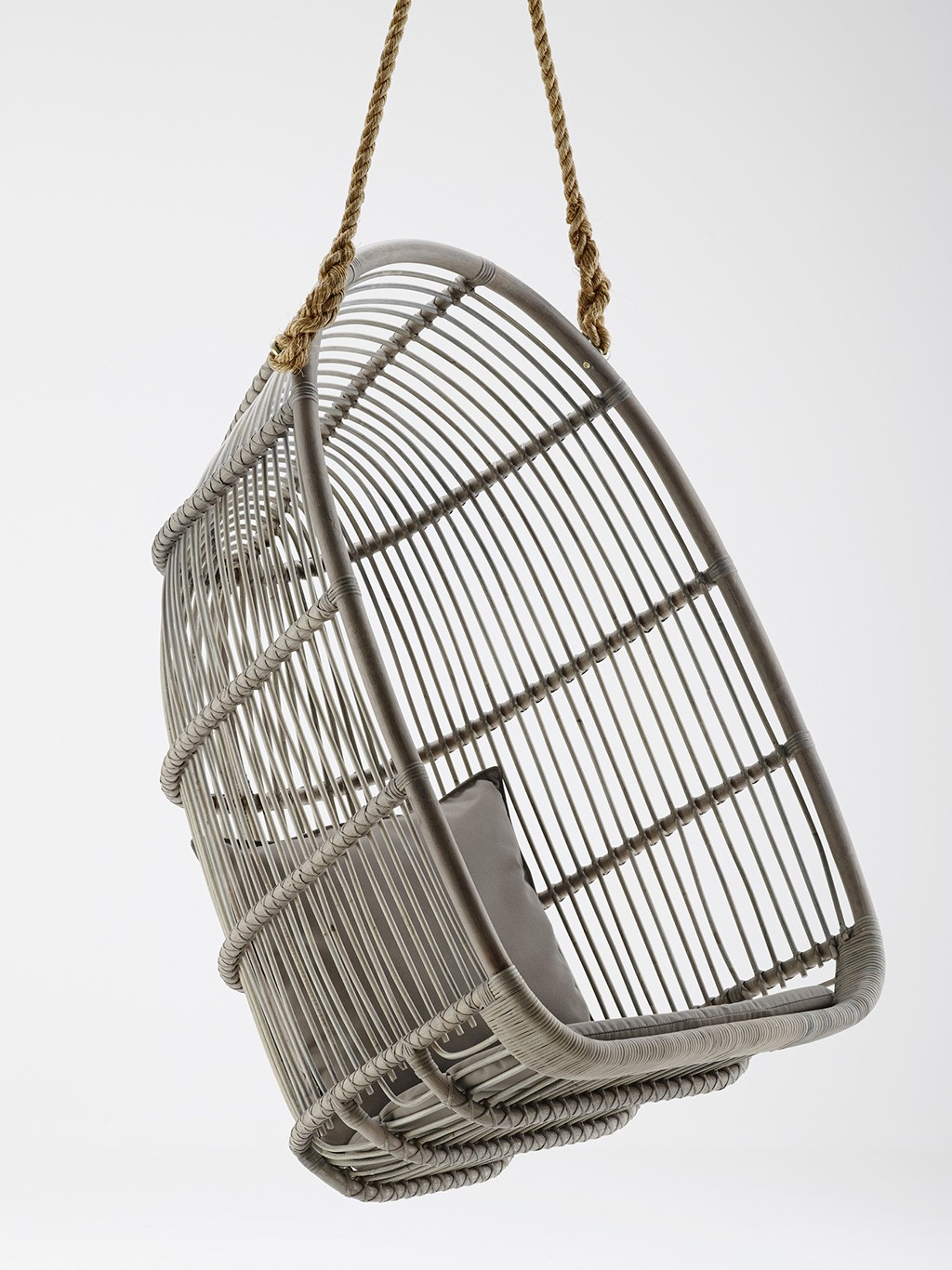 balancelle suspendre renoir. Black Bedroom Furniture Sets. Home Design Ideas